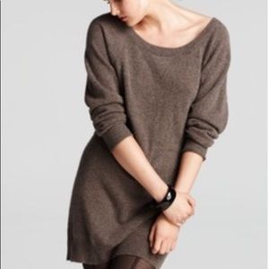 Aqua cashmere long sleeve sweatshirt tunic
